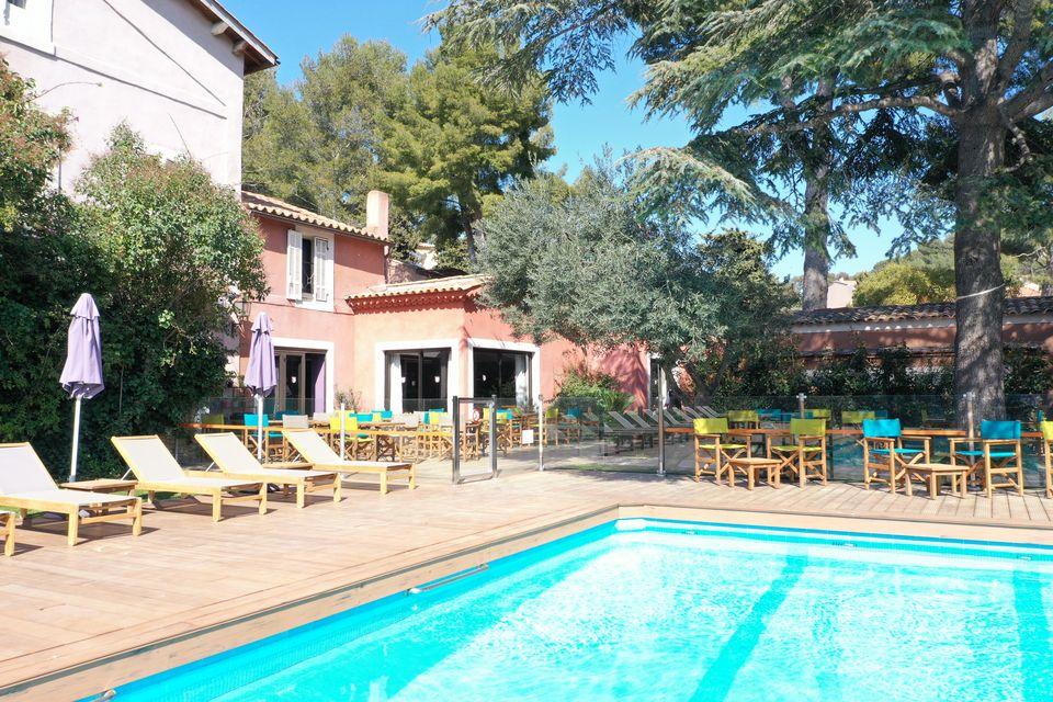 Hotel Cassis 3 Etoiles Hotel Les Jardins De Cassis